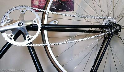Being a road frame, with longer chainstays, the track chain included isn't long enough!