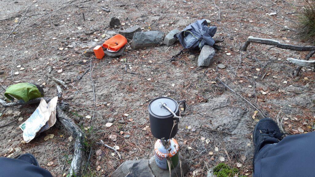 Owl's loaner stove w/ Decathlon spag bol